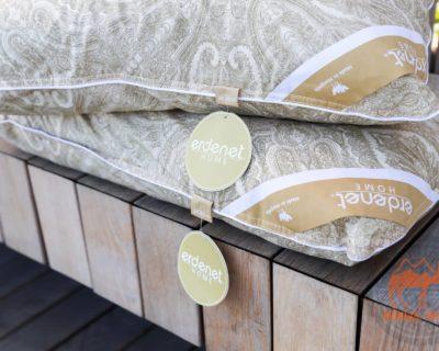 Подушка с верблюжьей шерсти