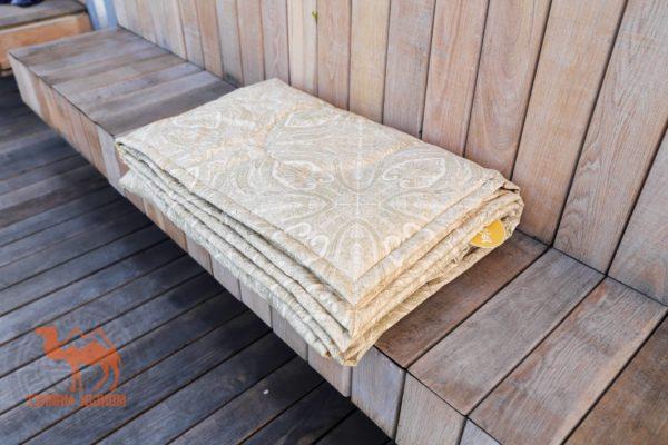 стеганое одеяло из верблюжьей шерсти Erdenet картинка