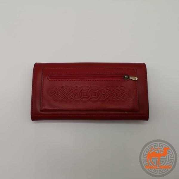 женский красный кошелек фото
