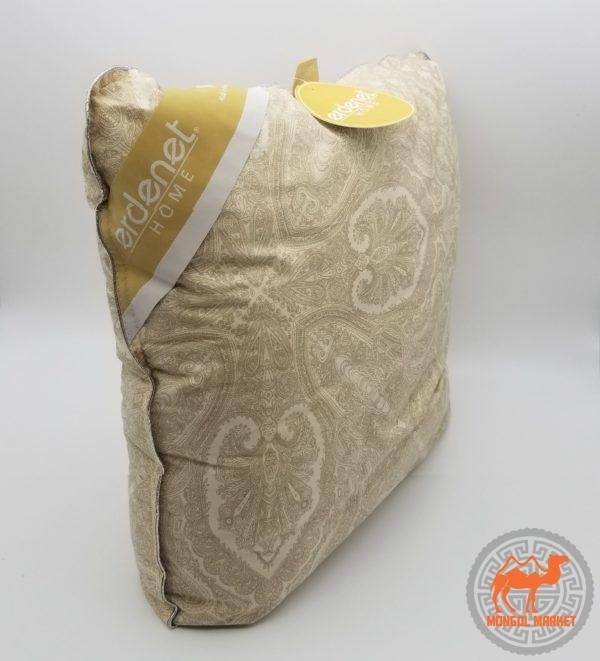 Подушка с верблюжьей шерстью