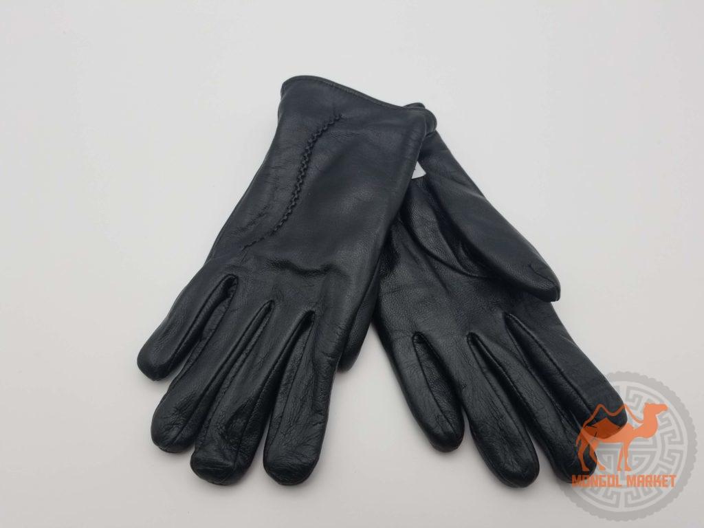 Черные кожаные перчатки фото