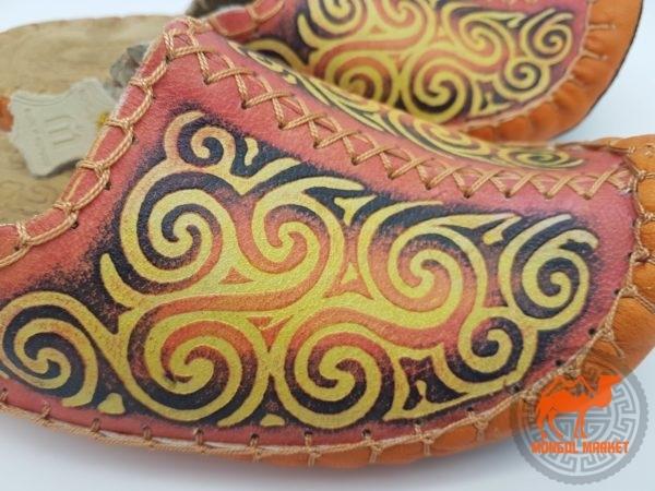 кожаные тапки из монголии фото