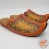 монгольские кожаные тапочки изображение