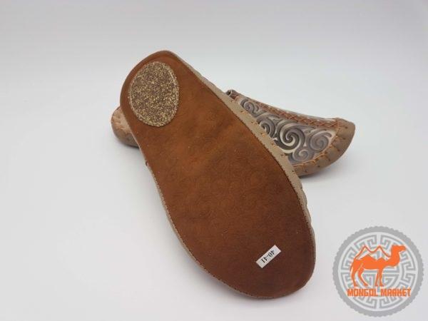 подошва на монгольских кожаных тапочках фото
