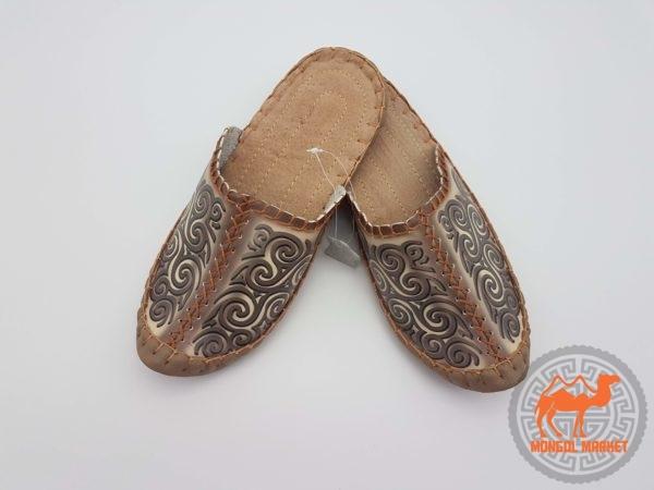 фото Монгольских кожаных тапочек