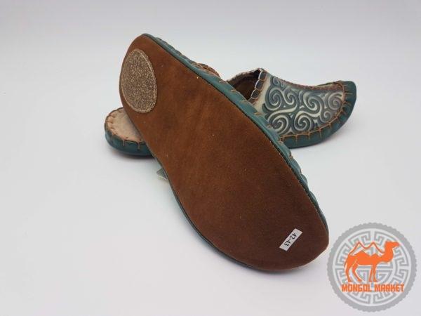 домашние кожаные тапочки из Монголии фото