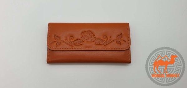 женский кошелек из кожи