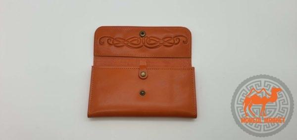 Кожаный коричневый кошелек фото