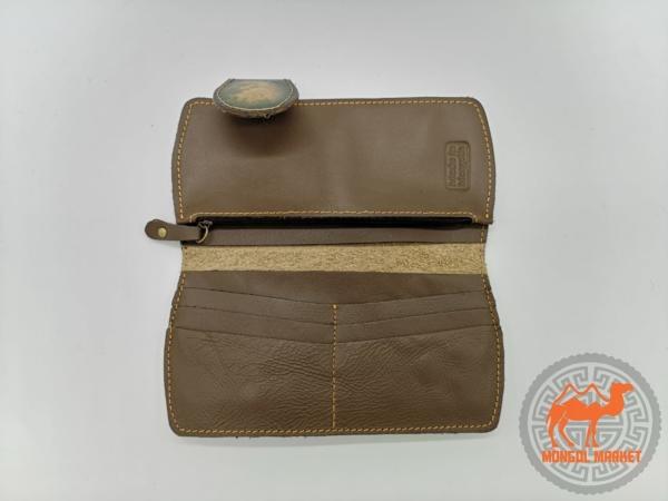 Фото кожаный кошелек с волком