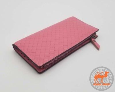 розовый кожаный портмоне