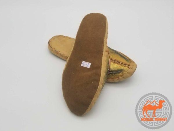 монгольские тапочки из кожи картинка