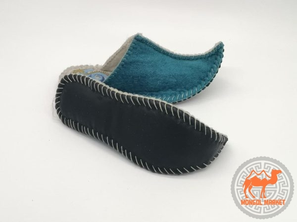 Монгольские войлочные тапочки фото